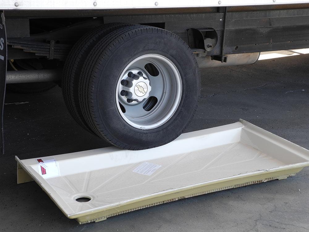 truckonpan01 Austin, TX - Bath Crest Central Texas